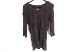 n゜11(ナンバー11)のセーター