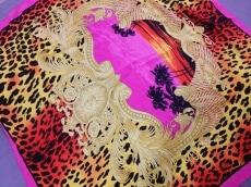 H&M×VERSACE(エイチアンドエム×ヴェルサーチ)のスカーフ