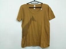 sot(ソット)のTシャツ