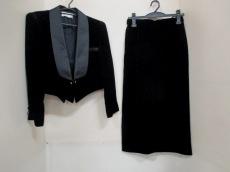 GENETVIVIEN(ジュネビビアン)のスカートスーツ