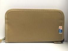 LUGGAGE LABEL(ラゲッジレーベル)の長財布