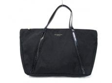 GIVENCHYParfums(ジバンシーパフューム)のハンドバッグ
