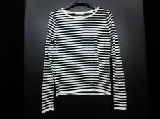 petite robe noire(プティローブノアー)のセーター