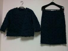 Drawer(ドゥロワー)のスカートスーツ