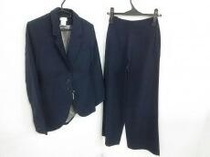 ALAIA(アライア)のレディースパンツスーツ