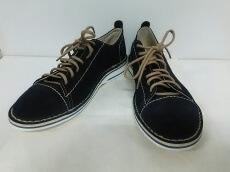 around the shoes(アラウンドザシューズ)のスニーカー