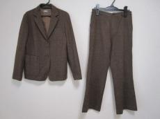 Lacoste(ラコステ)のレディースパンツスーツ