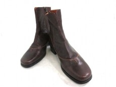 VABENE(ヴァベーネ)のブーツ