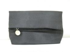 GIORGIOARMANI(ジョルジオアルマーニ)のクラッチバッグ