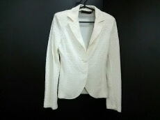 SANDRO FERRONE(サンドロフェローネ)のジャケット