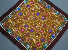 KARL LAGERFELD(カールラガーフェルド)のスカーフ