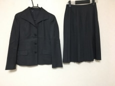 MargaretHowell(マーガレットハウエル)のスカートスーツ
