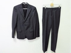 miumiu(ミュウミュウ)のメンズスーツ