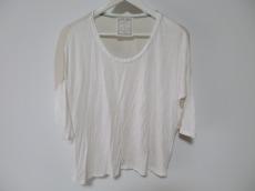BEARDSLEY(ビアズリー)のTシャツ
