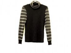 lapine blanche(ラピーヌブランシュ)のセーター
