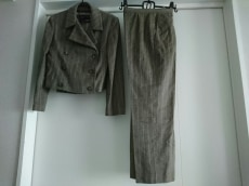 KRIZIA(クリッツィア)のレディースパンツスーツ