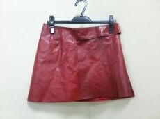 m0851(エムゼロエイトファイブワン)のスカート
