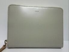 irose(イロセ)の2つ折り財布