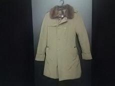 G.GUAGLIANONE(ジャンニガリアノーネ)のコート