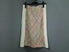 wb(ダブリュービー)のスカート