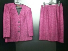 Rion(リオン)のスカートスーツ