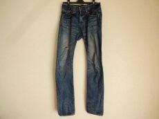 PLEIN(プレーン)のジーンズ