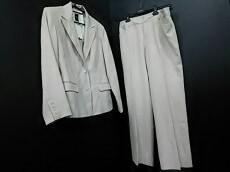 article(アーティクル)のレディースパンツスーツ