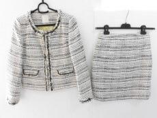 AG by aquagirl(エージーバイアクアガール)のスカートスーツ