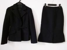 PRADA(プラダ)のスカートスーツ