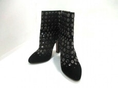 ALAIA(アライア)のブーツ