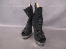 HERVE LEGER(エルベレジェ)のブーツ