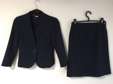 UNIVERSAL LANGUAGE(ユニバーサルランゲージ)のスカートスーツ