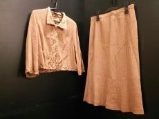ALBA ROSSA(アルバロッサ)のスカートスーツ