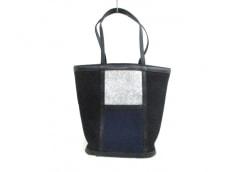 ISSEYMIYAKE(イッセイミヤケ)のトートバッグ