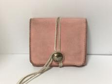 KC's(ケーシーズ)の2つ折り財布