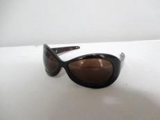 ato(アトウ)のサングラス