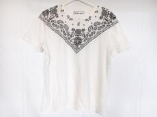 plumpynuts(プランピーナッツ)のTシャツ