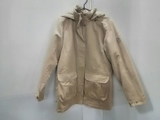 FJALLRAVEN(フェールラーベン)のダウンジャケット