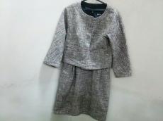DKNY(ダナキャラン)のワンピーススーツ