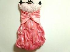 an(アン)のドレス