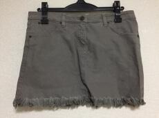 superfine(スーパーファイン)のスカート
