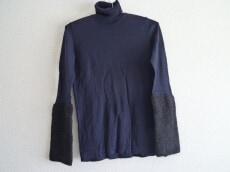 NOOY(ヌーイ)のセーター