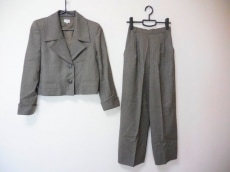 FOXEY(フォクシー)のレディースパンツスーツ