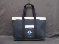 Lacoste(ラコステ)のボストンバッグ