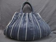 LUPO(ルポ)のトートバッグ