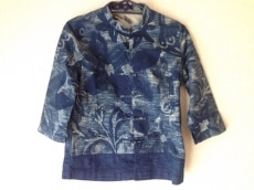 R by45rpm(アールバイフォーティーファイブアールピーエム)のシャツ