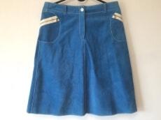 Cinquanta(チンクアンタ)のスカート