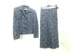 Pianoforte di MaxMara(ピアノフォルテマックスマーラ)のスカートスーツ