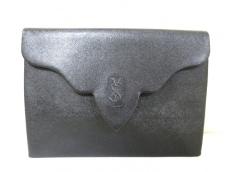 YvesSaintLaurent(イヴサンローラン)のクラッチバッグ