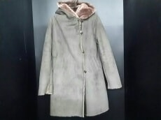 LOSICARIE(ロシカリエ)のコート